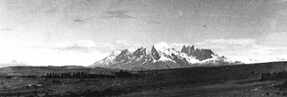 Cerro Guido, view to Paine