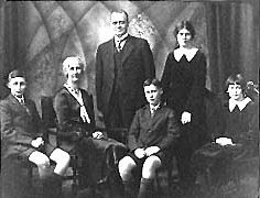 Thompson family, 1932